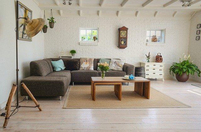 http://decoruss.com/wp-content/uploads/2021/01/living-room-2732939_640.jpg